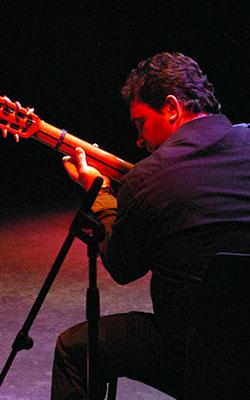 Guitarra: José Ligero