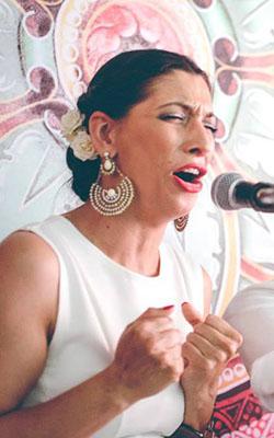 """Voces: María """"La Fernández"""""""